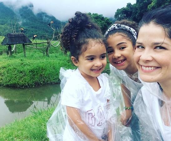 879624625-samara-felippo-relata-crise-de-aceitacao-da-filha-com-cabelo-sociedade-racista-instagram